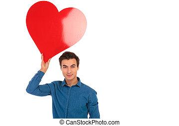 coração, grande, jovem, ar, segurando, casual, vermelho, homem