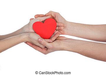 Coração, papel, mãos