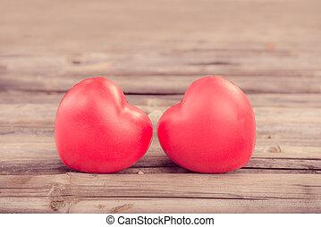 coração vermelho, apaixonadas, de, dia valentine, com, madeira, experiência.