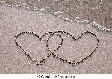 corações, praia., desenhado, mar areia, dois