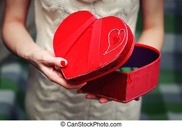 corazón, mano, valentine, caja obsequio