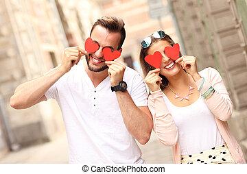corazones, pareja, feliz