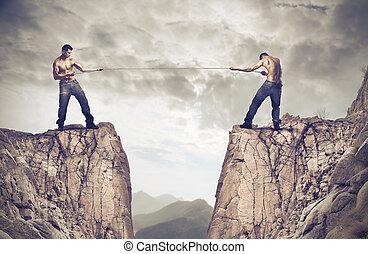 corda, homens, puxando, penhasco