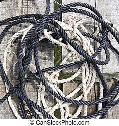 corde, bois
