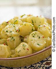 coriandolo, peperoncino, allioli, insalata, patata