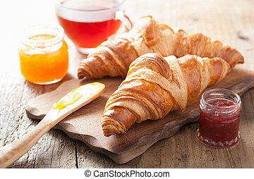 cornetti, colazione, marmellata, fresco