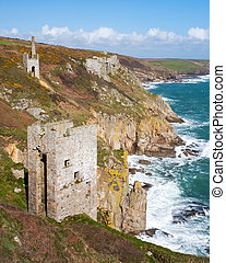 Cornish mines on the cliffs - The dramatically located...