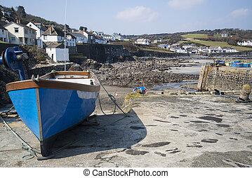 cornish, viejo, puerto, marea, bajo, aldea, barcos, pesca