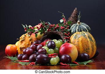Cornucopia - Autumn cornucopia - symbol of food and ...