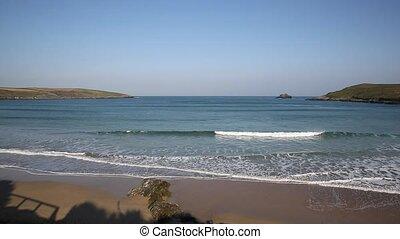 Cornwall beach with wave sound - Crantock beach North...
