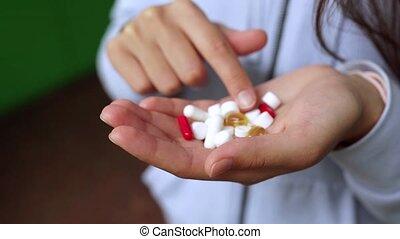 coronavirus., covid-19., prend, ou, spectacles, pills., femme homme