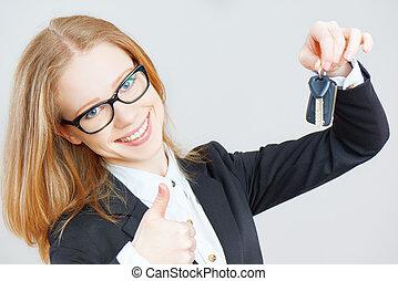 corporación mercantil de mujer, llaves, coche, tenencia, feliz