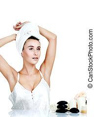 corporal, care., bonito, mulher jovem, posar, em, branca, towel., spa, hea