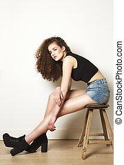 corporal, cheio, sentando, moda, femininas, retrato, modelo