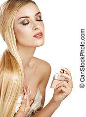 corporal, mulher, aplicando, dela, perfume, elegante