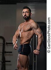corporal, seu, ginásio, poço, treinado, mostrando, homem
