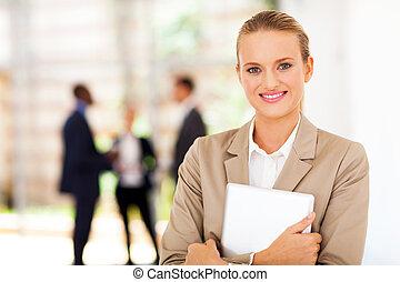 corporativo, trabajador, con, tableta, computadora