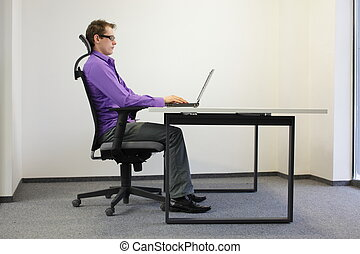 correct sitting position at laptop