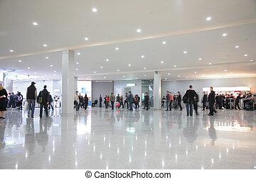 corredor, pessoas