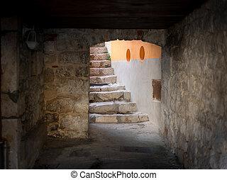 corredor, y, escaleras, de, un, viejo, casa, en, cres