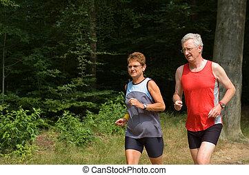 correndo, coppia, anziano