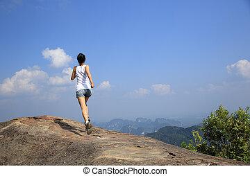 correndo, donna, giovane, asiatico