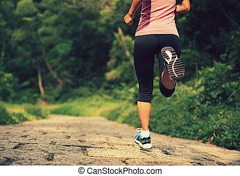 correndo, donna, giovane, idoneità