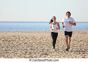 correndo, donna, spiaggia, uomo