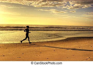 correndo, spiaggia