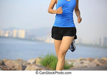 corridore, atleta, spiaggia, correndo