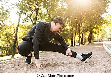 corridore, fare, exercises., parco, giovane, sport, idoneità, fuori, uomo, bello