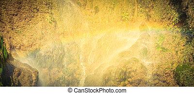 corriente, cascada, hermoso, arco irirs, gushes, (pink, la, yem, pequeño, dai, hijo, blouse), vietnam, abajo