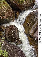 corriente, rocas