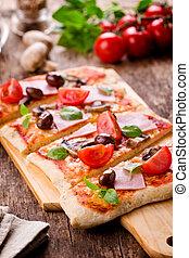 cortado, pizza