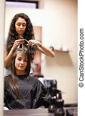 corte de pelo, retrato, mujer, teniendo