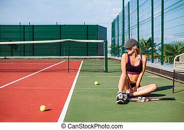 corte, sentando, tênis, mulher