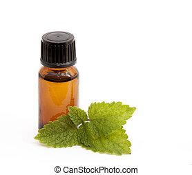 Cosmetic essential oil of lemon balm