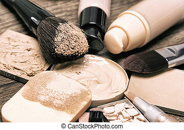 Cosmetic products and accessories for corrective make-up