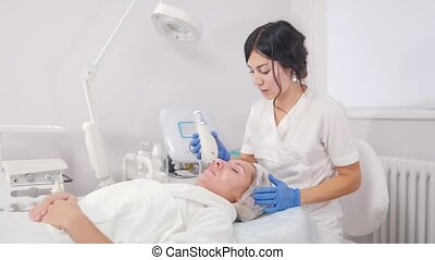 Cosmetology procedures. Pore cleansing. Working with special...