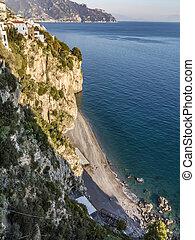 costa amalfi, vista, con, spiaggia