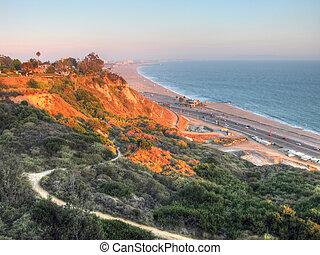 costa de california, agosto, 2003