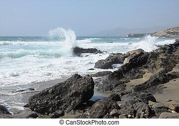 costa rochosa, de, fuerteventura, ilhas canário, espanha