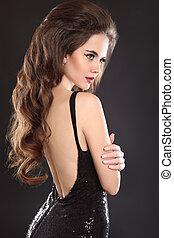 costas, menina, modelo, experiência., abertos, atraente, isolado, vestido, longo, ondulado, maquilagem, back., estilo, bonito, portrait., morena, pretas, escuro, elegante, vista, excitado, cabelo, mulher
