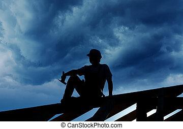 costruttore, o, carpentiere, rimanendo, cima, di, struttura tetto