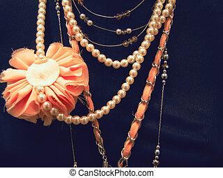 Costume jewellery, jeweller ornaments
