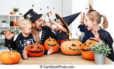costumes, famille, père, heureux, enfants, halloween, mère