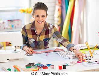 costurera, estudio, trabajando, feliz