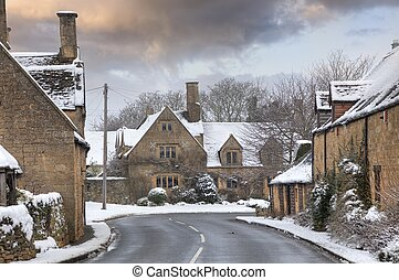 cotswold, nieve, aldea