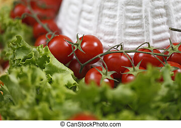 cottage cheese with cherry tomatoes