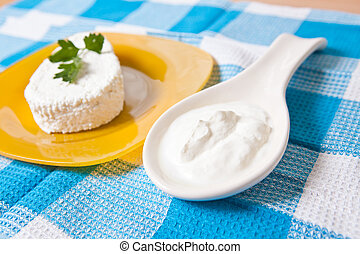 cottage cheese with parsley on a plate